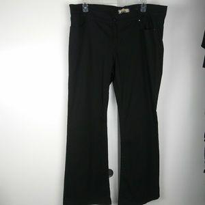 Khloe Kardashian jeans size 22